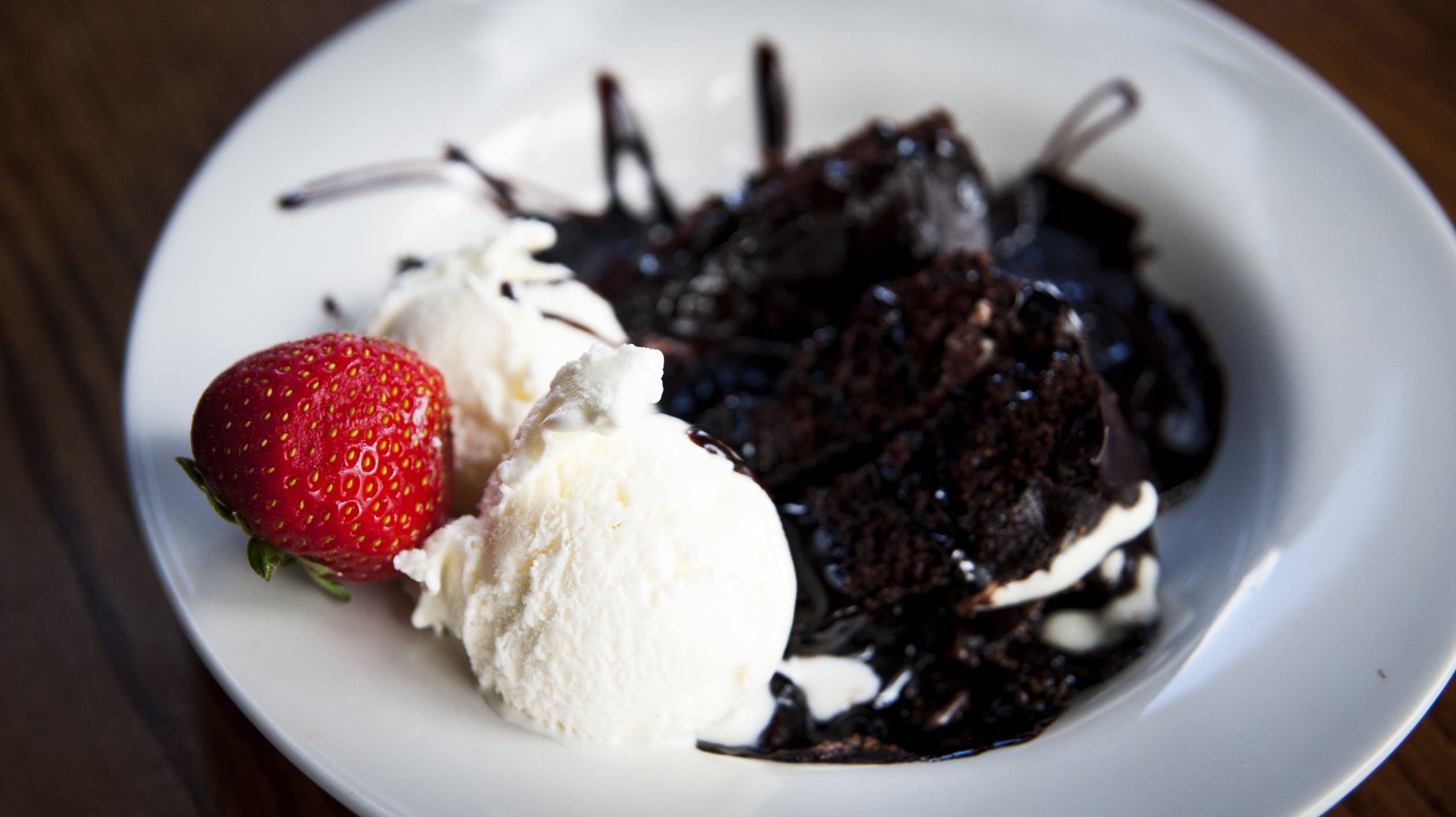 Razones por las que el helado de vainilla no puede faltar en casa